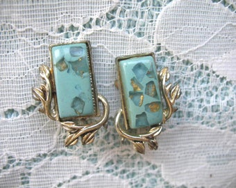 Vintage Earrings ~ Clip On ~ Lucite Confetti ~ Coro