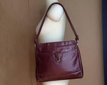 sale vintage 1970's 70's oxblood leather shoulder bag / handbag / purse / boho bohemian