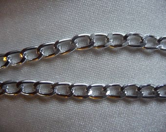 Chain, anodized aluminum, silver, 5mm curb. Sold per pack of 5 feet.