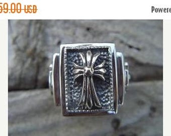 ON SALE Medieval cross ring in sterling silver