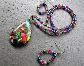 Multi color, stone and glass, jewelry set, pendant necklace, beaded hoop earrings