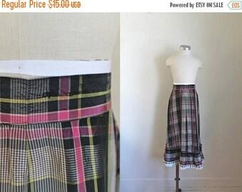 "AWAY SALE 20% off vintage 1940s girl's skirt - LICORICE plaid taffeta maxi skirt / 23"" waist / 6-8yr"