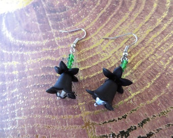 Sweet Black Lucite Flowers With Green Crystals Drop Earrings