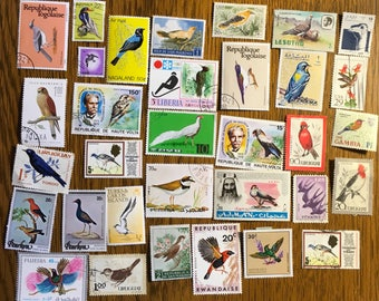 30 BIRD Used World Postage Stamps for crafting, collage, cards, altered art, scrapbooks, decoupage, history, collecting, philately 10a