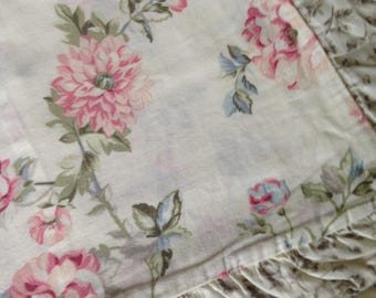 A Pair of Pretty Floral Vintage Shabby Chic Pillowcases