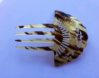 Antique or vintage early 20c mantilla style lare faux tortoiseshell hair comb
