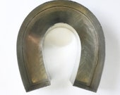 Large Vintage Horseshoe Shaped Cake Pan - Great for Horse Racing,  Western Themed Party Cakes or Wall Display