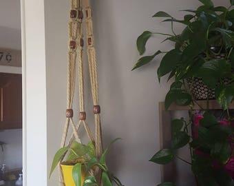MACRAME plant holder/hanger