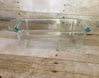 Pyrex clear glass bread pan