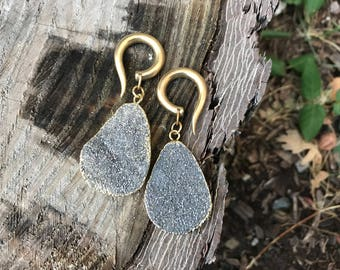 Druzy and Yelow Brass - Earrings for Stretched Lobes - Gauges