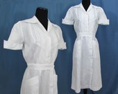 Classic White Cotton Nurse's Dress - removable buttons - ca 1960s - S-M