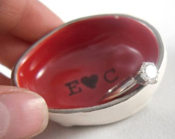 Small Ruby Red Customizable Wedding Ring Holder, Cute Tiny Ceramic Personalized Engagement Ring Dish - 14 color options - gold or silver rim