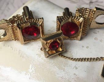 Vintage SWANK Gold Mesh Red Rhinestone Cufflinks Tie Tack Set in Original Box