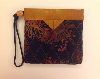 Black and Terracotta Floral Quilted Fabric Wristlet Snap Bag Purse Handbag Handmade
