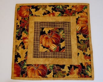 Quilted Table Topper Pumpkins and  Fall Leaves,  Autumn Table Runner Quilt, Pumpkin Table Topper, Quilted Candle Mat, Thanksgiving Decor