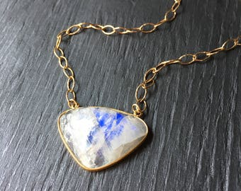 Unique moonstone necklace