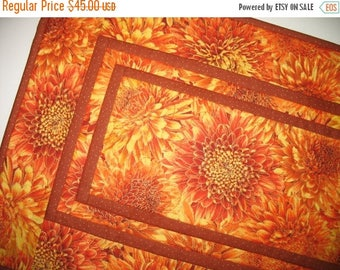Sale Christmas in July Elegant Table Runner, Autumn, thanksgiving,  handmade, quilted, fabric from Timeless Treasure