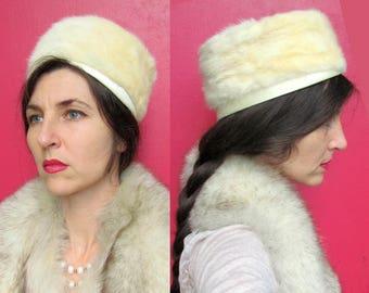 Cream Mink Pillbox Hat VINTAGE 1960s mint condition fur