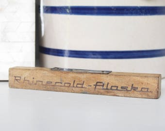 Vintage Wood Level - Vintage Rhinecold Alaska Level - Vintage Advertising - Miniature Vintage Tool