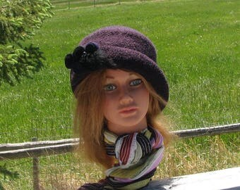 Uptown Girl Deep Purple Blackberry Knit Felt Slant Brim Hat Mod Pinwheel Brooch