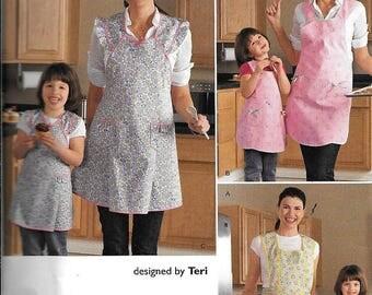 Simplicity 2626 Mom and Child Apron Art Smock Full Bib Farm Sewing Patterns