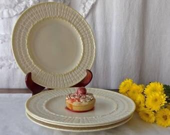 Vintage Belleek Dessert Plates Set of Four Irish Belleek Limpet Luncheon Plates ca 1940s