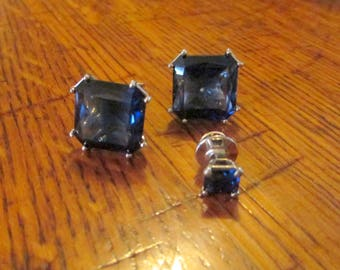 Vintage Cobalt blue glass cufflink and tie tack set with silver  Made by Sterling Co.