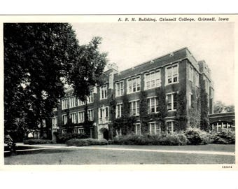 GRINNELL COLLEGE, A R H Building, Grinnell Iowa Vintage Postcard
