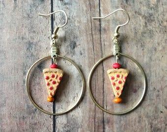 Adorable pizza earrings