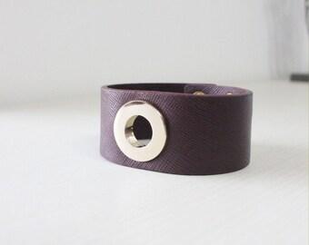 O Ring Gold Metal Bold Bracelet(Dark Brown)
