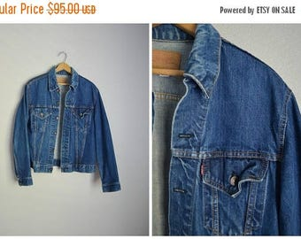 Summer SALE - 20% off - vintage 60s type 3 III Levi's jean jacket -- size 40 -- mens small