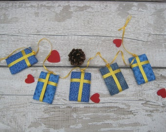 Swedish Flag Hanging Garland - Sweden Gift Present - Housewarming Birthday - Svenska - Swede Scandinavian - Nordic Style Home