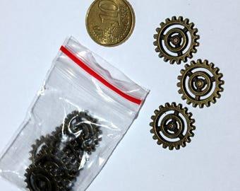 Set of 11 16mm gear, suntanned bracelet charms