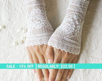 SUMMER SALE wedding lace gloves cuffs mittens ivory gloves 25% OFF free shipping