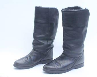 Vintage Cougar Black Leather Winter Boots Women's Size 7