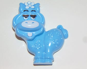 Vintage AVON Fragrance Glace Cow Blue Moo Pin Pal 1973