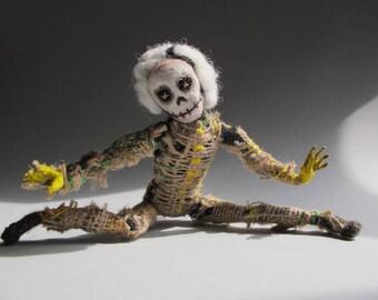 Dandy Dead Doll
