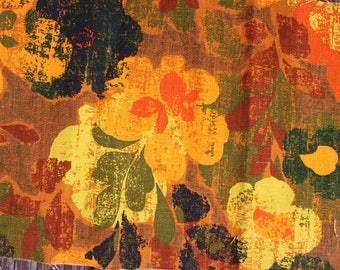 1960's Autumnal Floral Upholstery Fabric in Red and Orange . Textured Fabric Linen Draperies Chairs . Rustic Rust