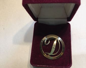 Darling Domed Goldtoned Initial D Pin for Diana, Dee or Donna