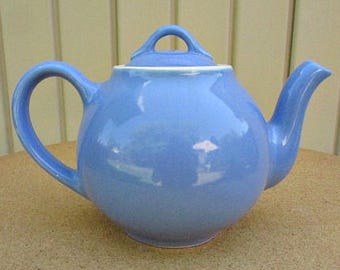 vintage 40s Hall periwinkle blue teapot made in usa 4 cup