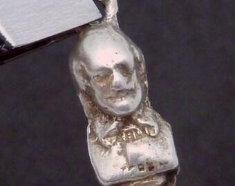 Vintage 800 Silver Shakespeare Bust Charm Pendant 23368