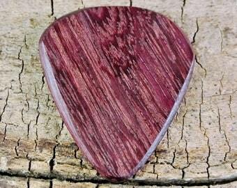 Purpleheart - Wooden Guitar Pick - Wood Guitar Pick - Wood Plectrum - Exotic Wood - Wood Gift