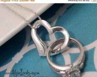 SUMMER SALE AloraLocks THE Original Floating Heart Wedding /Engagement Ring Holder Holding Pendant