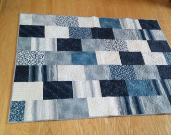 Beautiful Shades of Blue Quilt