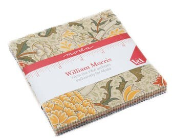 "Moda Charm pack WILLIAM MORRIS 2017- 42 5"" squares cotton fabric 7300PP  Reproductions from Victoria and Albert Museum"