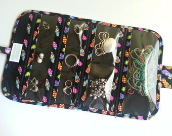 Large Travel Jewelry Organizer Roll Quilted in Black/Multi Flip Flop print