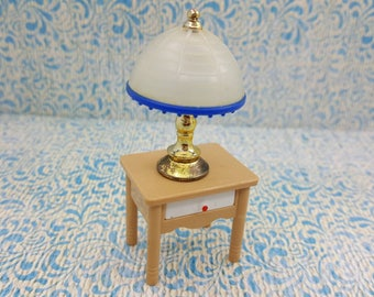 Tomy Smaller House Night Stand  Table Lamp Rare pieces Fits 3/4 to 1 inch scale hard  Plastic