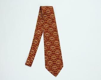 GUCCI Silk Necktie Neck Tie Red Gold Buckles Made in Italy