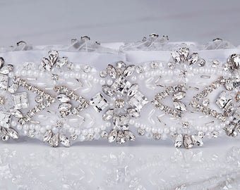 Crystal Bridal Sash, Beaded Bridal Belt, Rhinestone Sash, Rhinestone Belt, Bridal Dress Sash, White Bridal Sash, Swarovski Crystal Belt