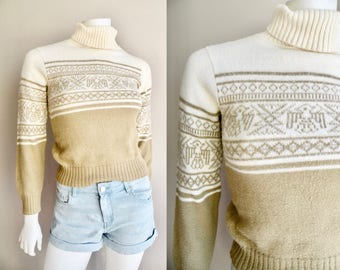 70s 80s Turtleneck Tan and White With Tribal Bird Motif Animal Sweater - XS S